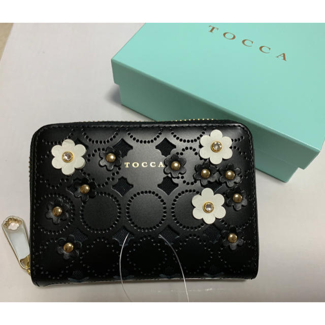 TOCCA(トッカ)のTOCCA トッカ 財布 黒 フラワー レディースのファッション小物(財布)の商品写真