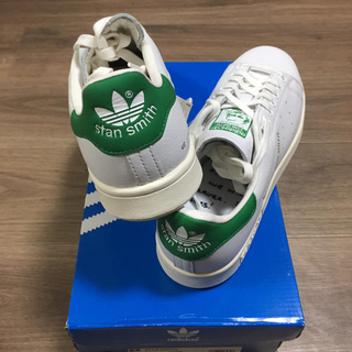 アディダス(adidas)の新品未使用!限定版アディダススタンスミスフォーエバー白×緑26cm(スニーカー)