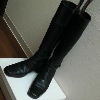 イング(ing)のing 本革 黒のロングブーツ スクエアトゥ ブラック 牛革 牛皮 レザーブーツ(ブーツ)