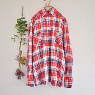 ビームスボーイ(BEAMS BOY)のDickies☆爽やか赤チェックのネルシャツ♡フォロ割-¥200♡(シャツ/ブラウス(長袖/七分))