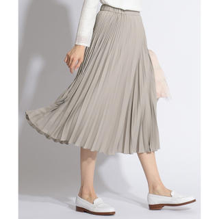 ニジュウサンク(23区)の今季完売◇ファインプリーツスカート(ひざ丈スカート)