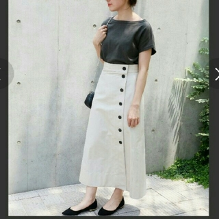 イエナ(IENA)の《美品》IENA☆前ボタントラペーズスカート(ロングスカート)