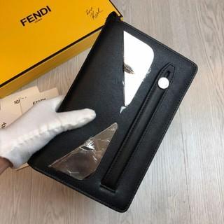 フェンディ(FENDI)の超美品 FENDI 長財布 (長財布)