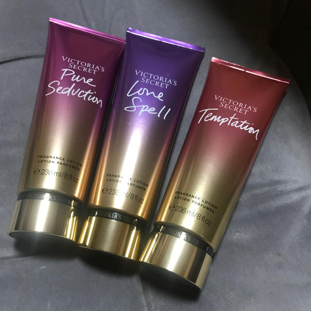 Victoria's Secret(ヴィクトリアズシークレット)のヴィクトリアシークレット ボディクリーム  コスメ/美容のボディケア(ボディクリーム)の商品写真