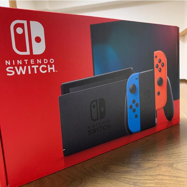 Nintendo Switch(ニンテンドースイッチ)の新型 Nintendo Switch ネオンブルー 新品未使用 エンタメ/ホビーのゲームソフト/ゲーム機本体(家庭用ゲーム機本体)の商品写真
