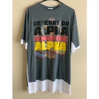 バレンシアガ(Balenciaga)の希少レア XS VETEMENTS 18AW 転写シャツ ALPHA アルファ (Tシャツ/カットソー(半袖/袖なし))
