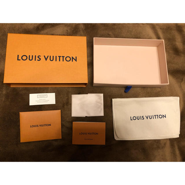 au iphonex ケース 、 LOUIS VUITTON - LOUIS VUITTON 空き箱の通販