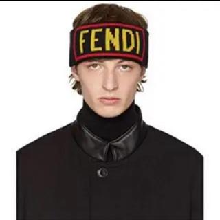 フェンディ(FENDI)のFENDI ヘアバンド(ヘアバンド)