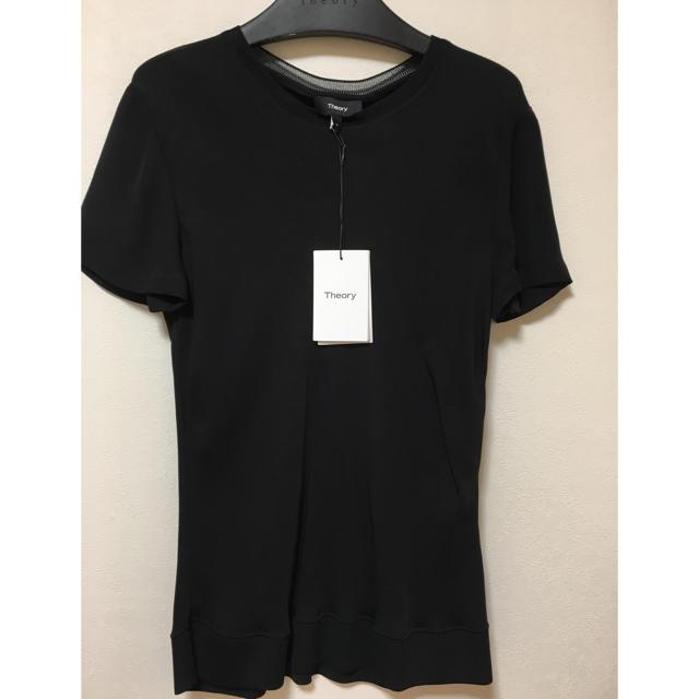 theory(セオリー)の本日のみお値下げ中 Theory 新品 ブラウス Tシャツ レディースのトップス(シャツ/ブラウス(半袖/袖なし))の商品写真