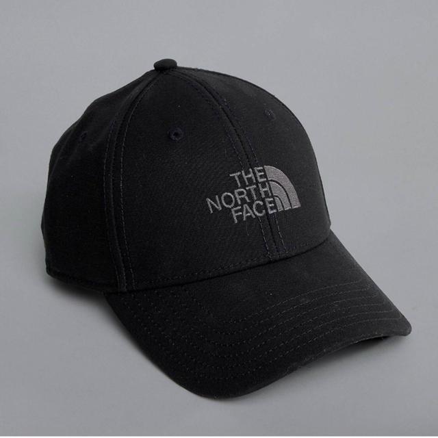 THE NORTH FACE(ザノースフェイス)の新品未使用 North face ノースフェイス ブラック キャップ メンズの帽子(キャップ)の商品写真