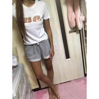 エイチアンドエム(H&M)のTシャツ✩(Tシャツ(半袖/袖なし))