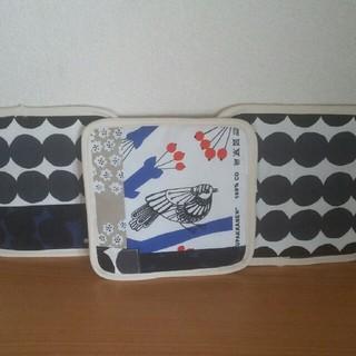 マリメッコ(marimekko)の北欧柄☆ハンドメイドの鍋しき3枚セット(キッチン小物)