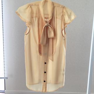 スライ(SLY)のトップス(Tシャツ(半袖/袖なし))