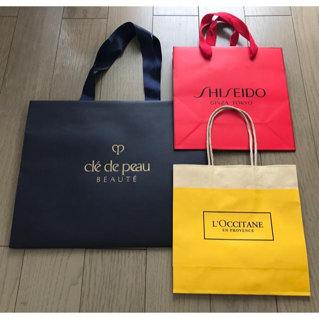 L'OCCITANE(ロクシタン)のロクシタン、資生堂、クレドポーボーテ 紙袋 ショップ袋3点セット レディースのバッグ(ショップ袋)の商品写真
