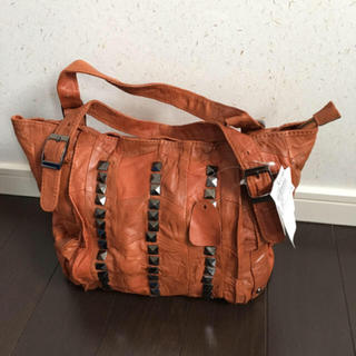 ローズバッド(ROSE BUD)の本革のバッグ(ハンドバッグ)
