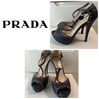 PRADA - プラダ ブラックレザー スタッズサンダル