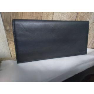 カルバンクライン(Calvin Klein)の相場約1.5万 新品 カルバンクライン 財布 二つ折り 長財布(長財布)
