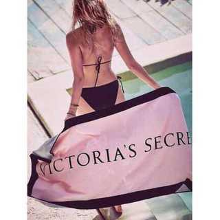ヴィクトリアズシークレット(Victoria's Secret)のヴィクトリアシークレット タオル ビーチタオル  PINK(その他)