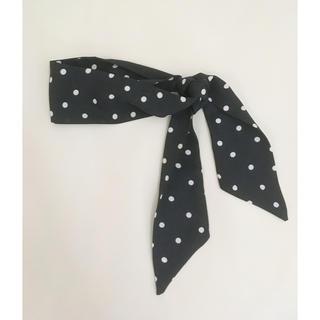 フーズフーチコ(who's who Chico)の黒×白ドットスカーフ(バンダナ/スカーフ)