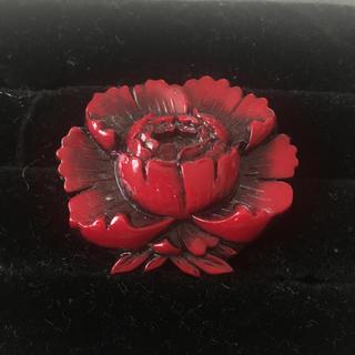 Vintage 木製 お花のブローチ