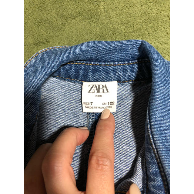 ZARA KIDS(ザラキッズ)のZARAデニムワンピース キッズ/ベビー/マタニティのキッズ服 女の子用(90cm~)(ワンピース)の商品写真