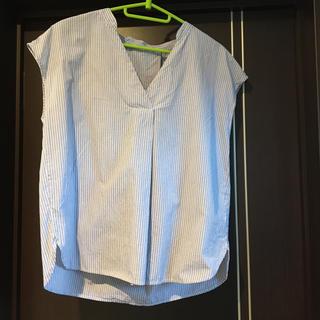 ジーユー(GU)のスキッパーシャツ GU ストライプ(シャツ/ブラウス(半袖/袖なし))