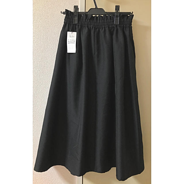 E hyphen world gallery(イーハイフンワールドギャラリー)の新品タグ付き✨イーハイフン✨ハイウエストミディアムプリーツスカート レディースのスカート(ひざ丈スカート)の商品写真
