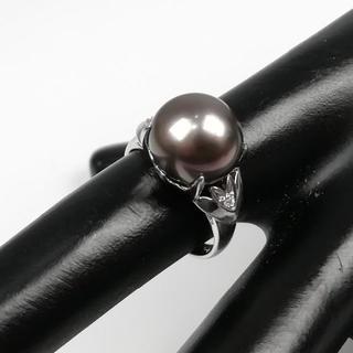 美品 三越 大粒 1.1㎝ 南洋黒真珠 2P ダイヤ リング ZM136(リング(指輪))