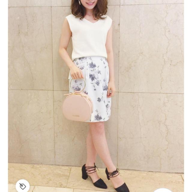 MERCURYDUO(マーキュリーデュオ)の【MERCURYDUO】ロンドフラワーコクーンスカート レディースのスカート(ミニスカート)の商品写真