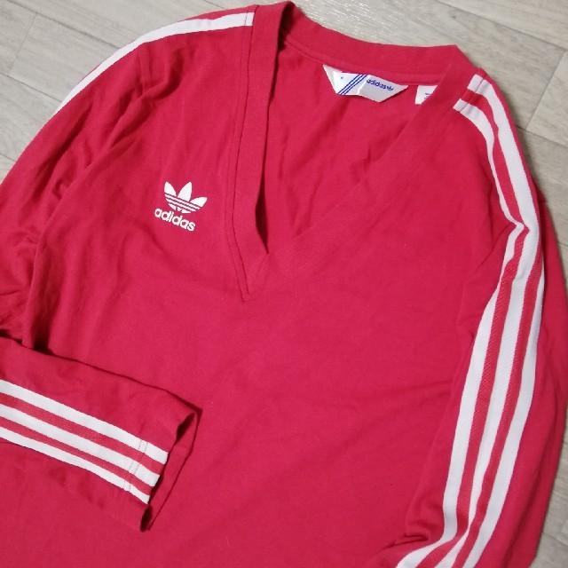 adidas(アディダス)のadidas アディダス トレフォイル Vネック長袖トップス 長袖Tシャツ  レディースのトップス(Tシャツ(長袖/七分))の商品写真