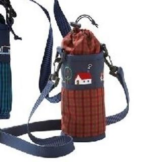 ファミリア(familiar)のファミリア ペットボトルホルダー赤 新品(水筒)