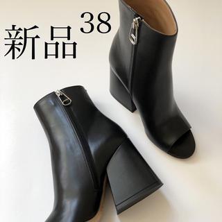 マルタンマルジェラ(Maison Martin Margiela)の新 品. 38/ブラック メゾン マルタン マルジェラ オープントゥ ブーツ(ブーツ)