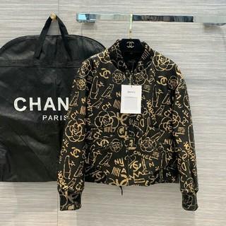 シャネル(CHANEL)の秋CHANELシャネル レディース  コート 正規品 ファション 革(毛皮/ファーコート)