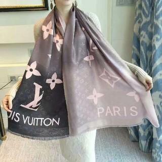 LOUIS VUITTON - 早い者勝ちLouis Vuittonルイ・ヴィトスカーフ 秋冬美品