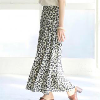 LOWRYS FARM - LOWRYS FARM ハナクルミボタンAラインスカート