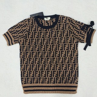 FENDI - お勧め!FENDI ニットTシャツ レディース 超美品 新品