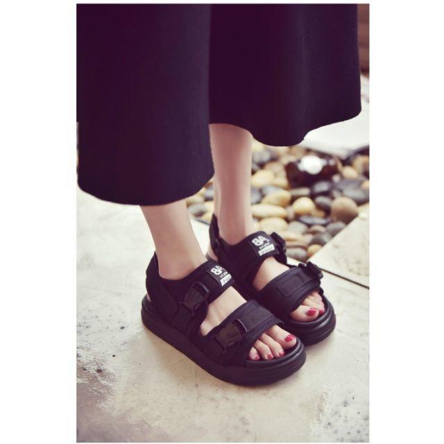 ☆大人気★厚底スポーツサンダル♪ レディースの靴/シューズ(サンダル)の商品写真