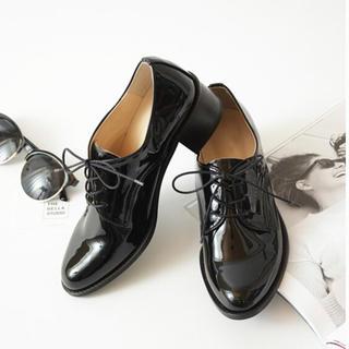 ディーホリック(dholic)のエナメル オックスフォードシューズ(ローファー/革靴)