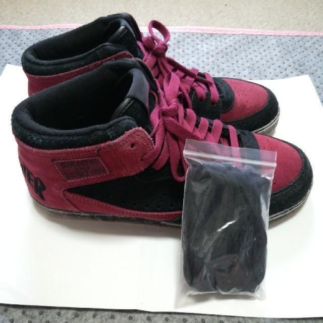 THRASHER(スラッシャー)のThrasher ボルドー ブラック スニーカー レディースの靴/シューズ(スニーカー)の商品写真