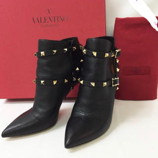ヴァレンティノ(VALENTINO)の【極美品】ヴァレンティノ◆ロックスタッズ ショートブーツ(ブーツ)