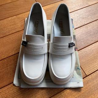 ジェニィ(JENNI)のシスタージェニィ  ヒールローファー 23cm(ローファー/革靴)