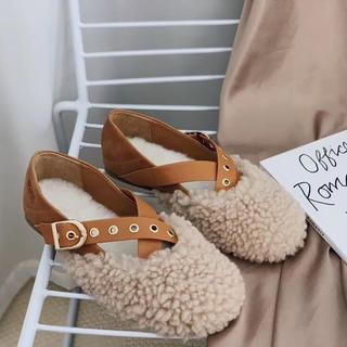 アグ(UGG)の2019年新発売🆕UGGオーストラリア超可愛いふわふわ羊革ローファー(ローファー/革靴)