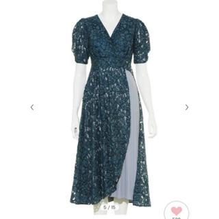 リリーブラウン(Lily Brown)のリリーブラウン パーティドレス(ミディアムドレス)