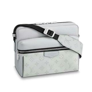 LOUIS VUITTON - 新作 Louis Vuitton ボディーバッグバッグ