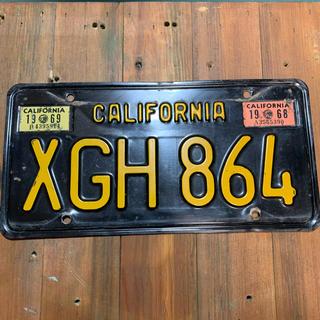 レア カリフォルニア州ナンバープレート ブラックプレート1963年製ヴィンテージ