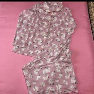 アモスタイル(AMO'S STYLE)のトリンプ フリース花柄パジャマ(ピンク)(パジャマ)