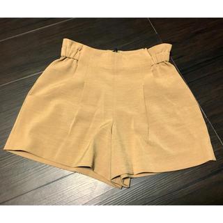 ジーユー(GU)のショート パンツ キュロット ジーユー GU スカート ズボン ベージュ 美品(キュロット)