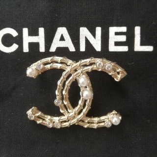CHANEL - CHANEL  ブローチ