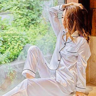 ジェラートピケ(gelato pique)の【 新品 未使用 未開封 】 レディース パジャマ シルク ホワイト(パジャマ)