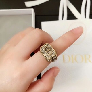 Dior -  送料込み  Dior リング
